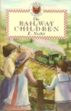 Another cover of the book The Railway Children by E. Nesbit
